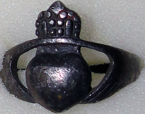 Silver King of Hearts Ring