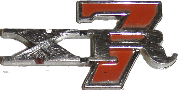 XR7 Badge